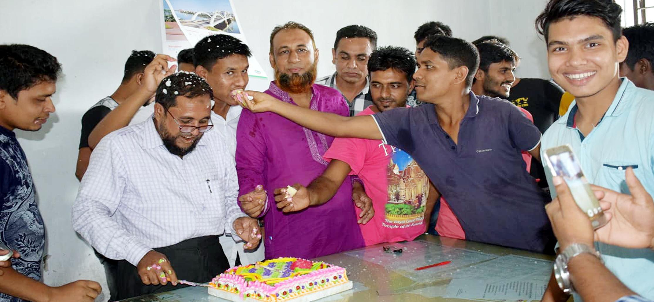 কালিগঞ্জের কাজী আলাউদ্দিন কলেজে প্রধানমন্ত্রীর জন্মদিন পালিত