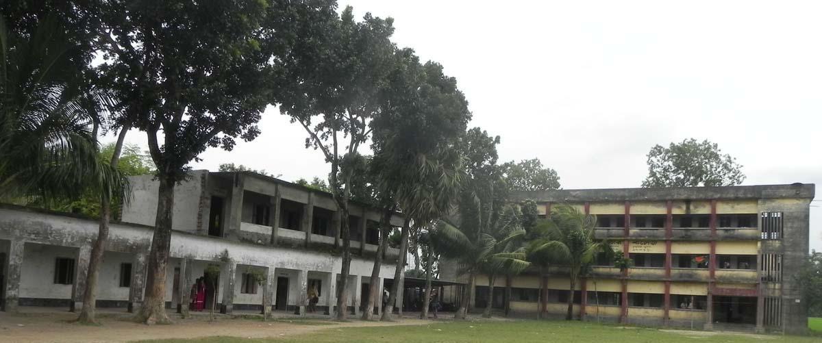 নানা সমস্যায় জর্জরিত ডুমুরিয়ার চুকনগর ডিগ্রী কলেজ