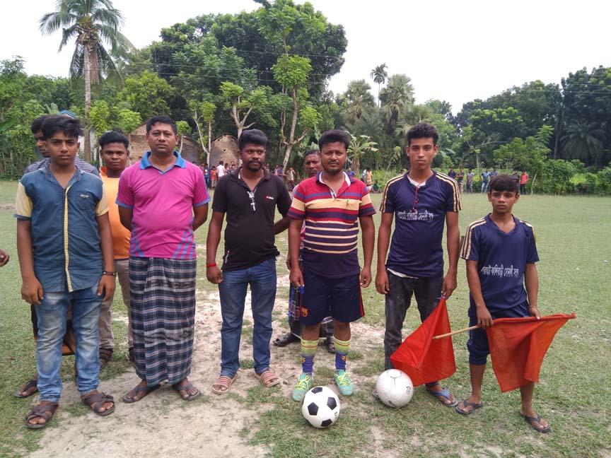 নগরঘাটা কালীবাড়ী সোনালী সংঘের উদ্যোগে ১৬ দলীয় ফুটবল খেলা