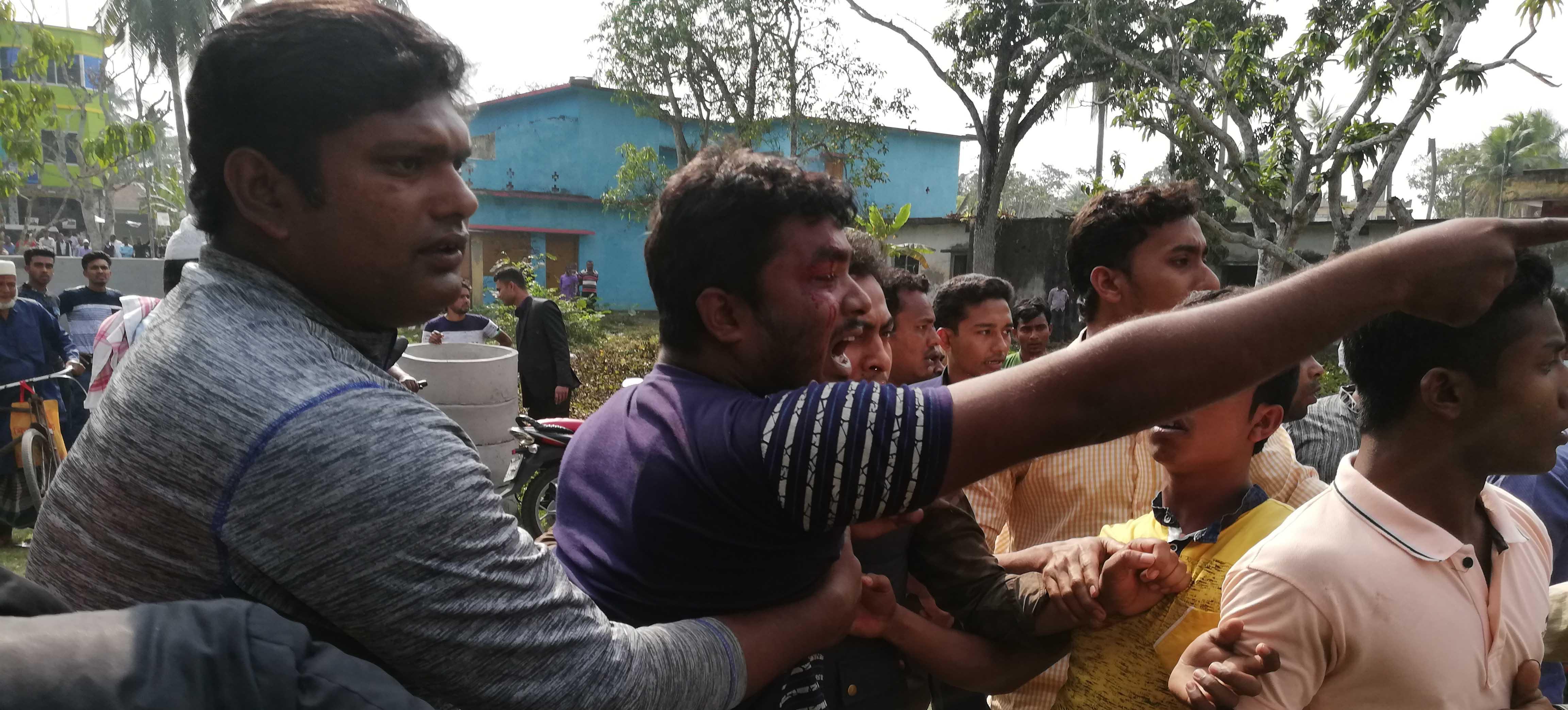 তালায় প্রার্থী বাছাইয়ের দ্বিতীয় দিনেও সংঘর্ষ: কাউন্সিলর ভোট স্থাগিত