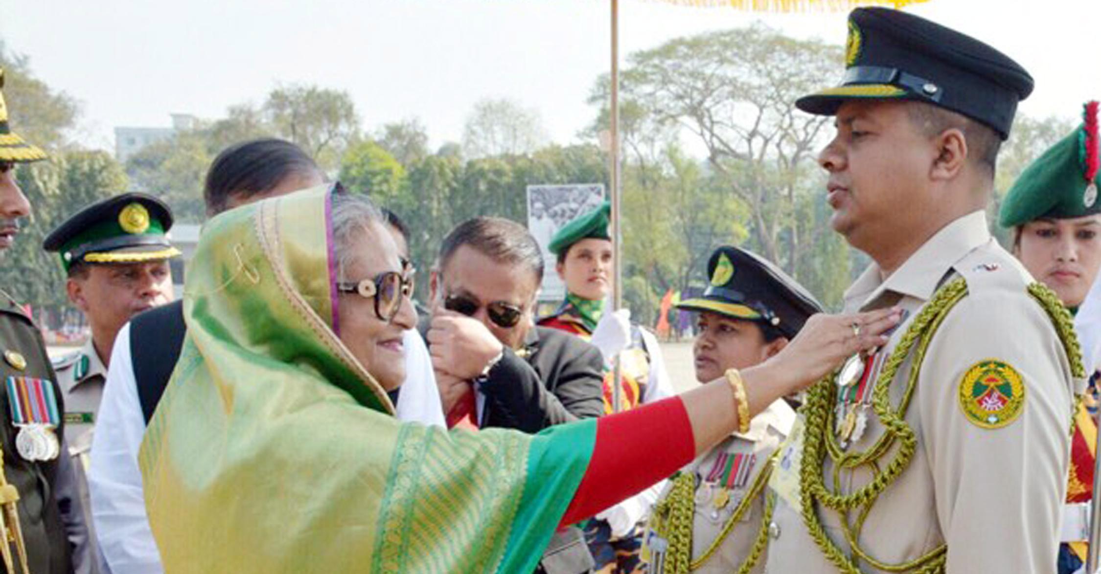 বাংলাদেশ গ্রাম প্রতিরক্ষা পদক পেলেন দেবহাটার সাহাদাত