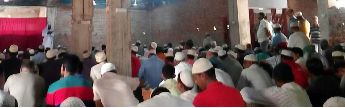 আহ্্ছানিয়া মিশন মসজিদে অধিক মুসুল্লির কথা ভেবে মসজিদ সম্প্রসারণে মূল নকশা অনুযায়ী করার দাবি মুসুল্লিদের