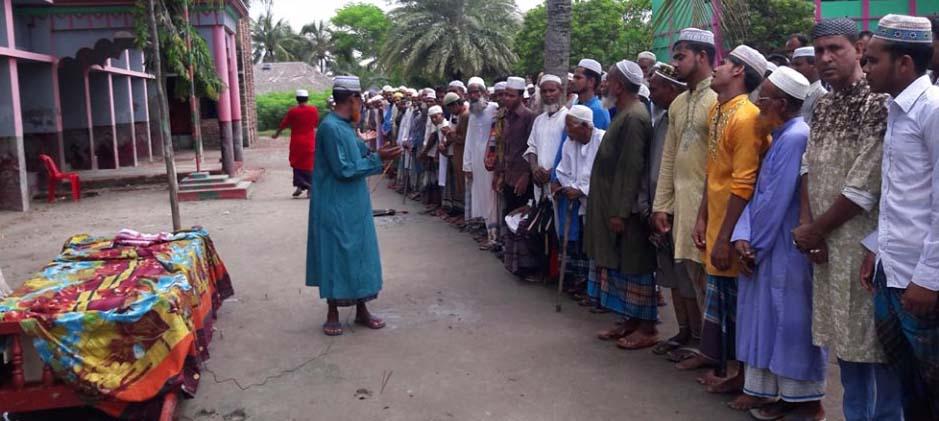 ঢাকায় নিহত তাসনীমের মরদেহ গ্রামের বাড়ি কলিমাখালীতে দাফন
