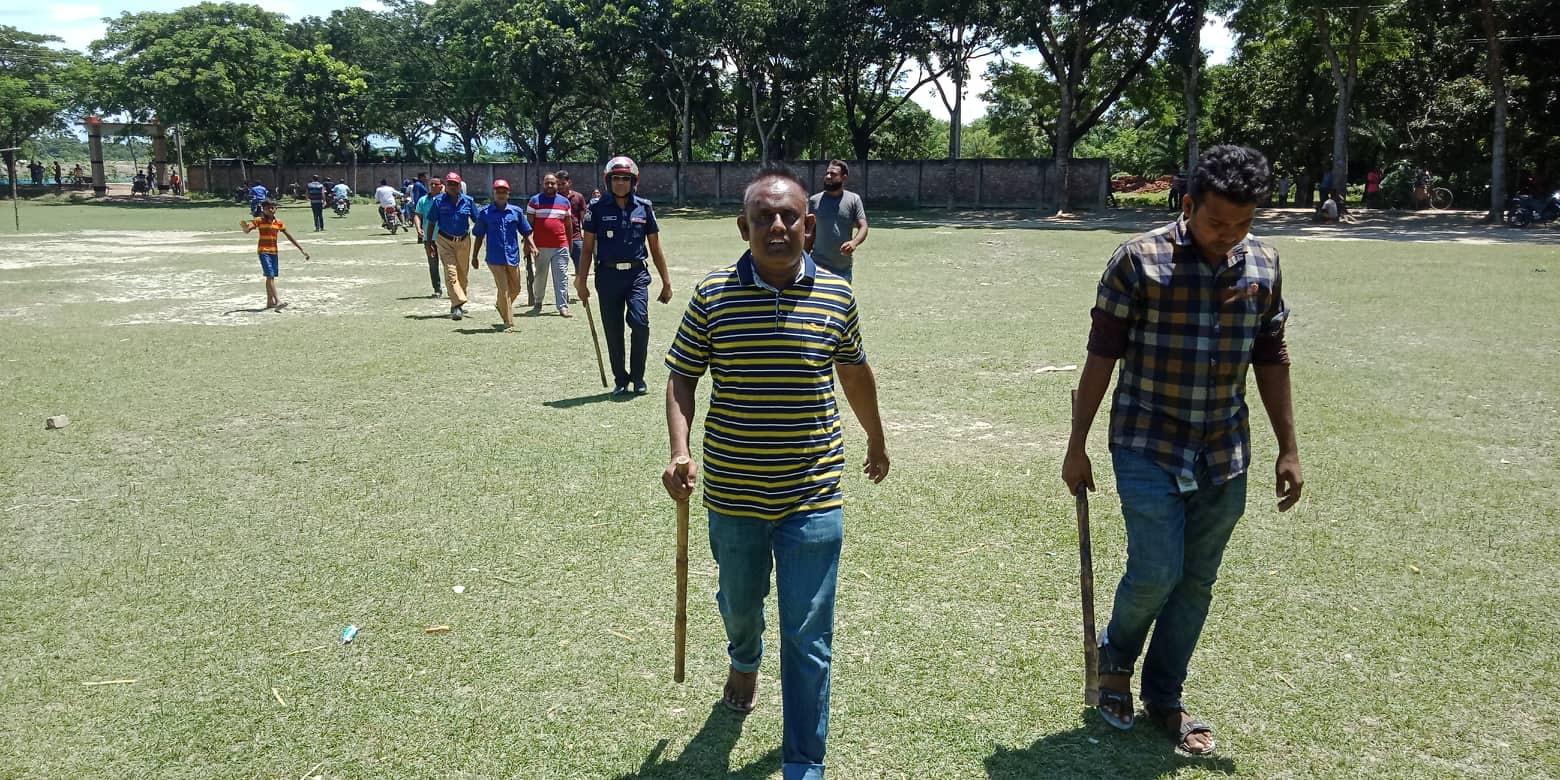 তালার আন্ত:মাধ্যমিক বিদ্যালয় ফুটবল খেলাকে কেন্দ্র করে সংঘর্ষ: আহত ৫ (ভিডিও)