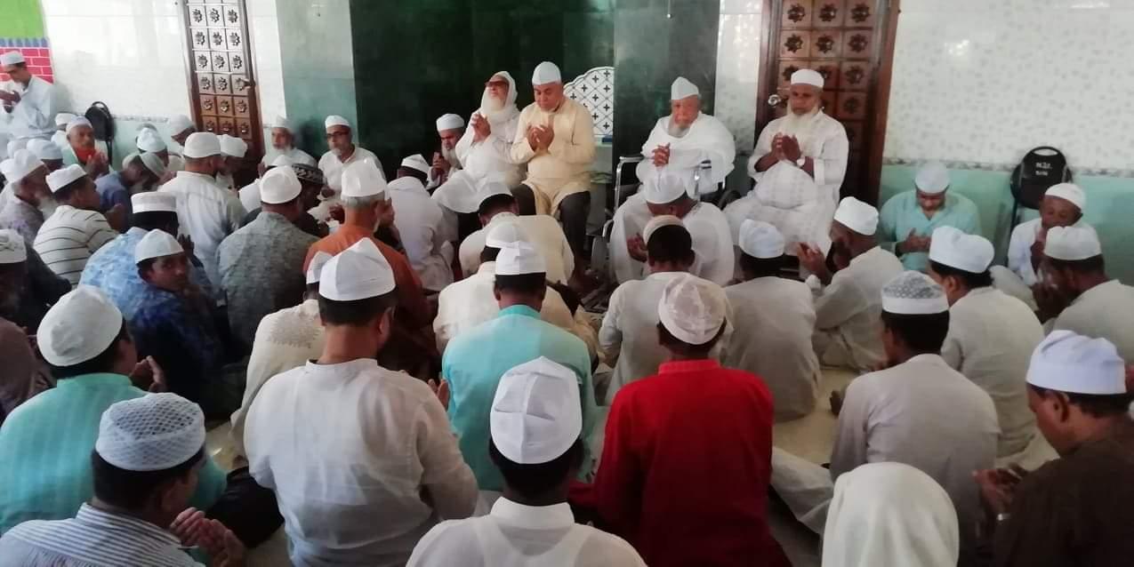 সখিপুর ও নলতায় মরহুম আব্দুল মজিদ স্মরণে দোয়া